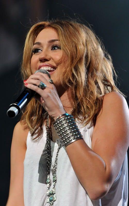 Miley Cyrus: Rock Nashville  3-113