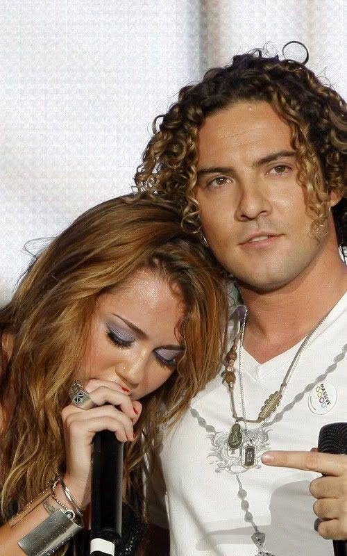 Miley Cyrus en Rock in Rio 2010 4-85