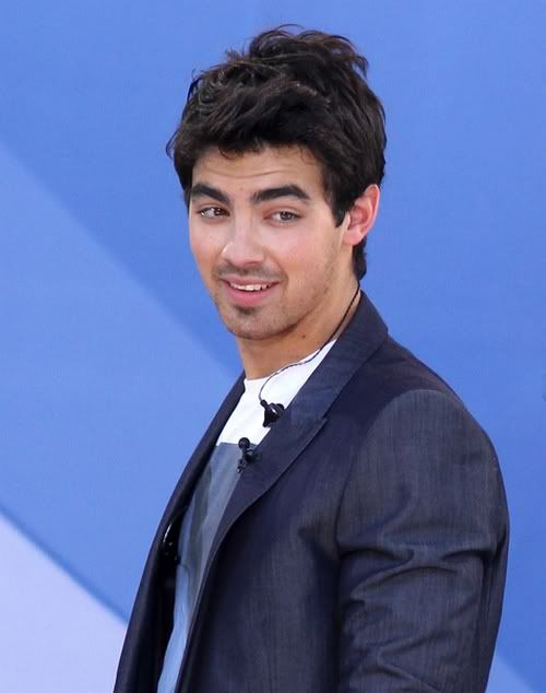 "Jonas Brothers, Demi Lovato, ""Good Morning America"" 6-64"