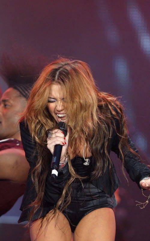 Miley Cyrus en Rock in Rio 2010 7-38