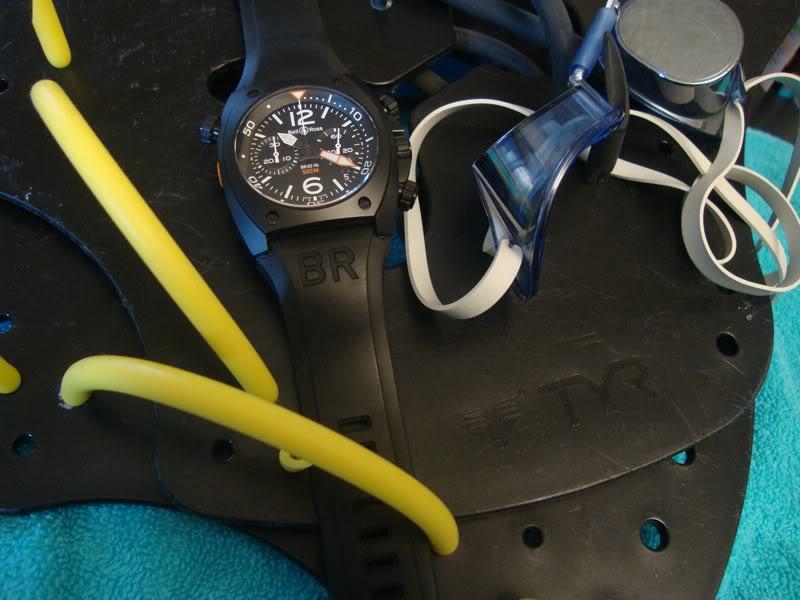 Quelle montre portez-vous à la piscine ? C7c5f8ee