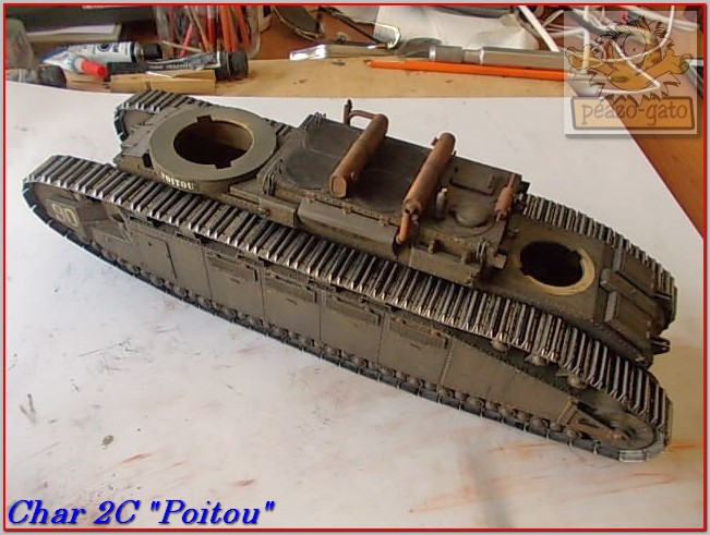 "Char 2C ""Poitou"", 1939 (terminado 29-05-14) 104ordmChar2CPoitoupeazo-gato_zpsf081cb4b"