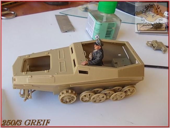 """Sd Kfz 250/3 """"GREIF"""" , Tobruk 1942 (terminado 24-06-14) 17ordm250-3GREIFpeazogato_zpsa6cd172f"""