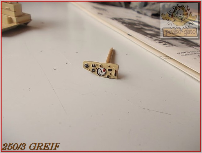 "Sd Kfz 250/3 ""GREIF"" , Tobruk 1942 (terminado 24-06-14) 38ordm250-3GREIFpeazogato_zps8eaf2fe0"