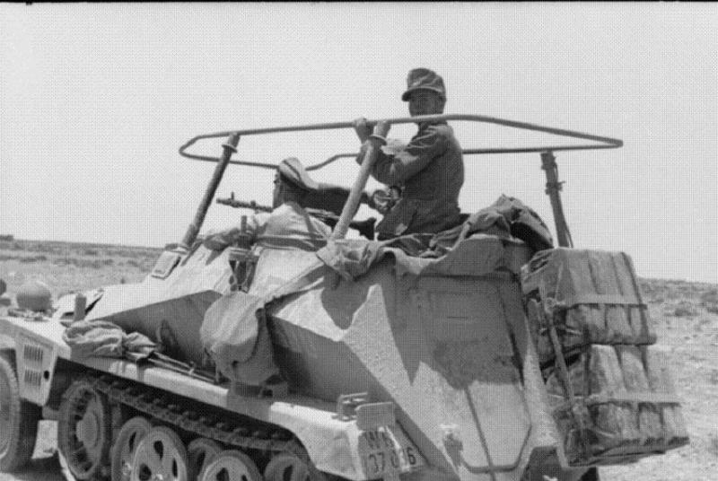 """Sd Kfz 250/3 """"GREIF"""" , Tobruk 1942 (terminado 24-06-14) Greif-2_zps80ba4841"""