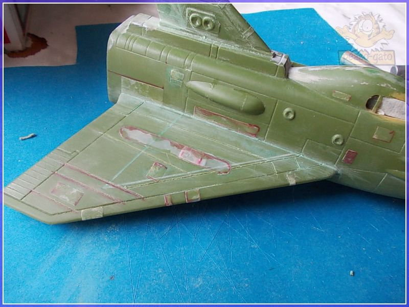 SKY-1 (ufo s.h.a.d.o.), terminado 15-11-12 55SKY-1ufopeazo-gato
