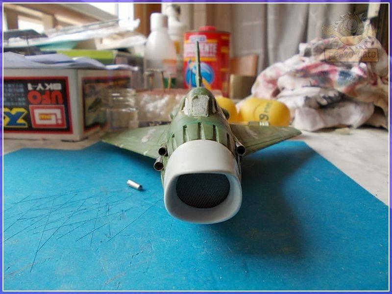 SKY-1 (ufo s.h.a.d.o.), terminado 15-11-12 64SKY-1ufopeazo-gato