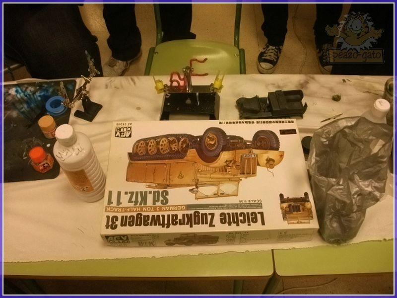 Fotos , 2º curso 2012 (vehiculos militares), AIME 102reunionAIMEpeazo-gato
