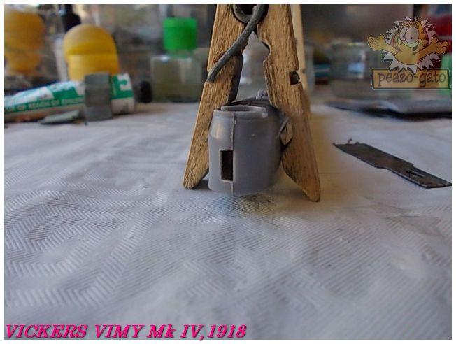 Vickers Vimy Mk IV , 1918 (terminado 27-03-13) 18ordmVickersVimypeazo-gato_zps391a9899