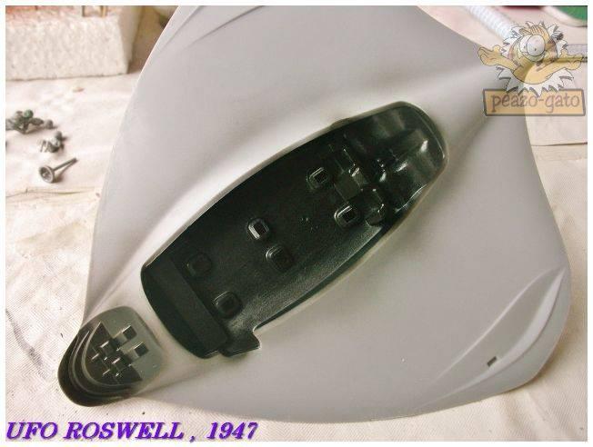Roswell , Julio 1947  (terminado 21-03-13) 22ROSWELLpeazo-gato_zpseace8d92
