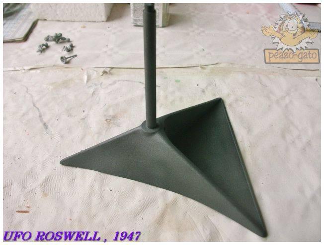 Roswell , Julio 1947  (terminado 21-03-13) 25ROSWELLpeazo-gato_zps2910748b