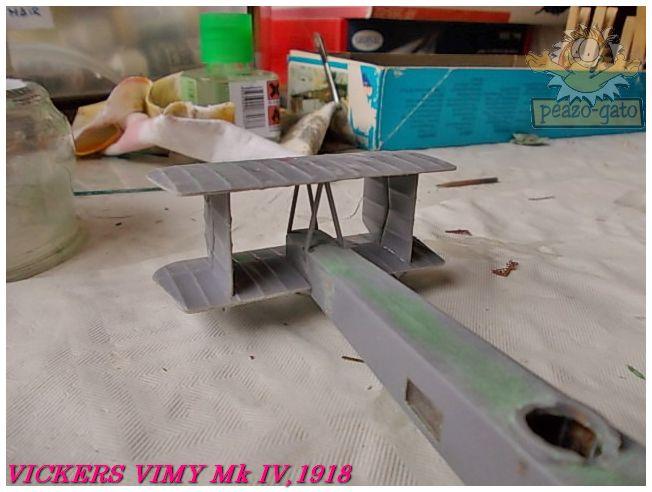 Vickers Vimy Mk IV , 1918 (terminado 27-03-13) 32ordmVickersVimypeazo-gato_zpsb10ea923