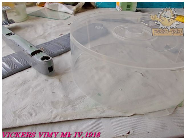 Vickers Vimy Mk IV , 1918 (terminado 27-03-13) 37ordmVickersVimypeazo-gato_zpse7f360eb