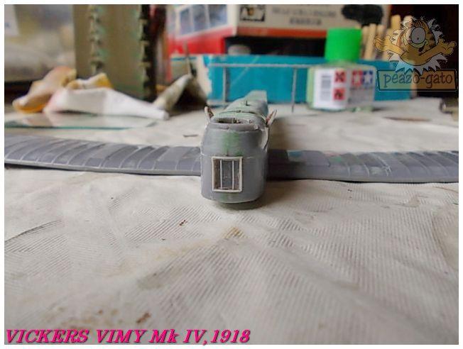 Vickers Vimy Mk IV , 1918 (terminado 27-03-13) 39ordmVickersVimypeazo-gato_zps71304670