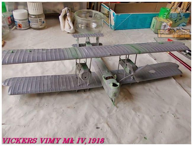 Vickers Vimy Mk IV , 1918 (terminado 27-03-13) 44ordmVickersVimypeazo-gato_zps12b78311