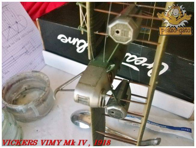 Vickers Vimy Mk IV , 1918 (terminado 27-03-13) 73ordmVickersVimypeazo-gato_zps641e9b6c
