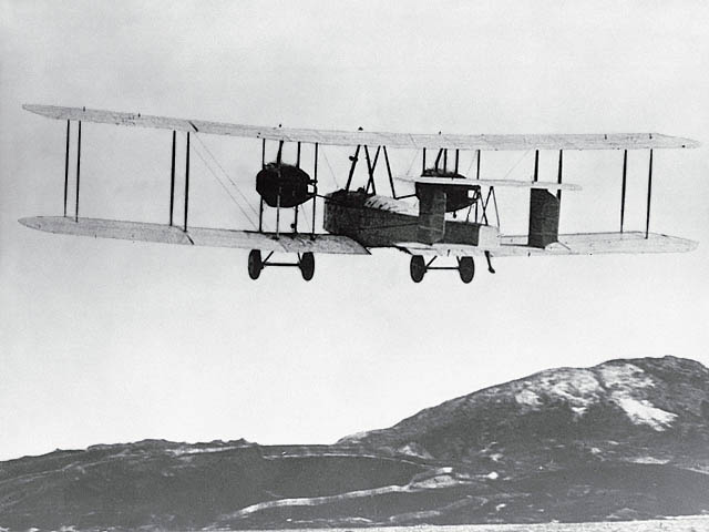 Vickers Vimy Mk IV , 1918 (terminado 27-03-13) Vimy_zps03bd3d86
