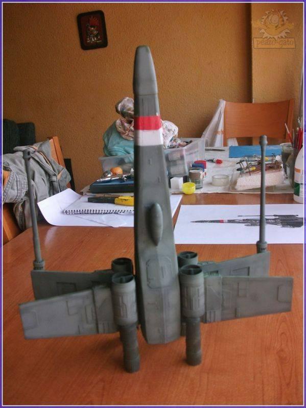 X-Wing del 4º Reich 25X-WING4reichpeazo-gato