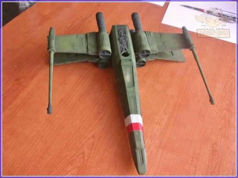 X-Wing del 4º Reich 26X-WING4reichpeazo-gato