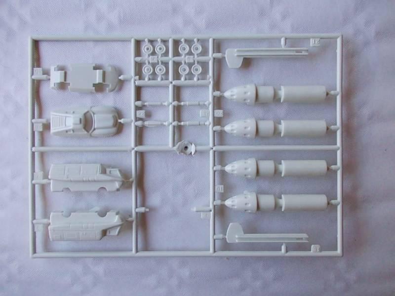 SKY-1 (ufo s.h.a.d.o.), terminado 15-11-12 2SKY-1ufopeazo-gato
