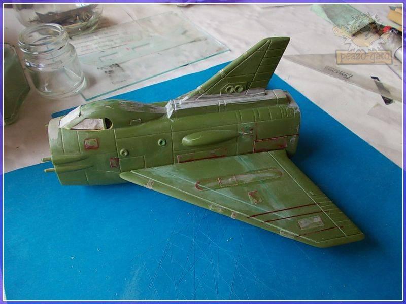 SKY-1 (ufo s.h.a.d.o.), terminado 15-11-12 40SKY-1ufopeazo-gato