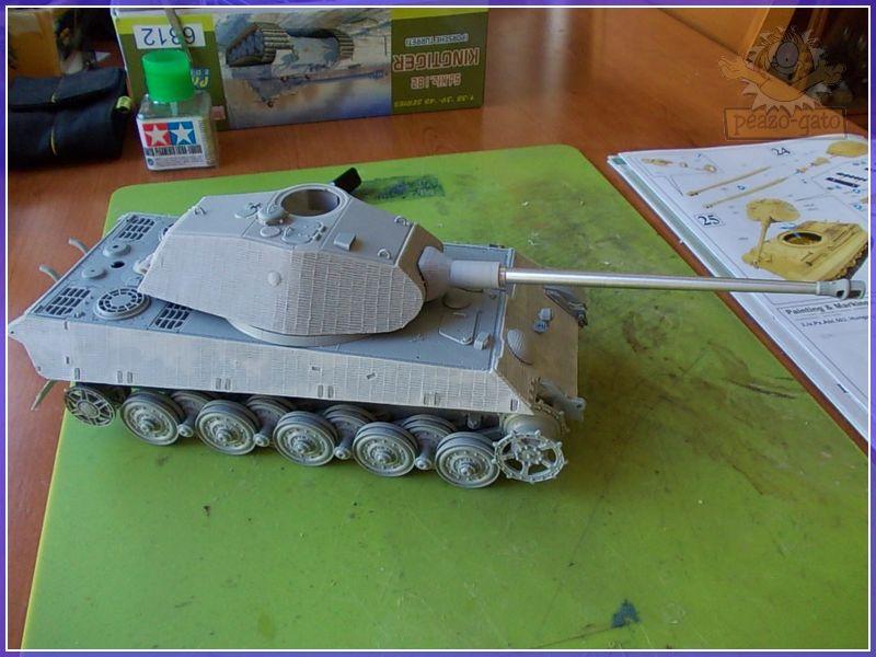"King Tiger ""Anneliese"", Abt 503º 47KingTigerAnneliesePeazo-Gato"