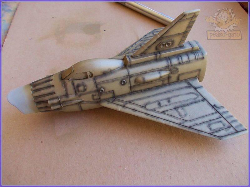 SKY-1 (ufo s.h.a.d.o.), terminado 15-11-12 69SKY-1ufopeazo-gato