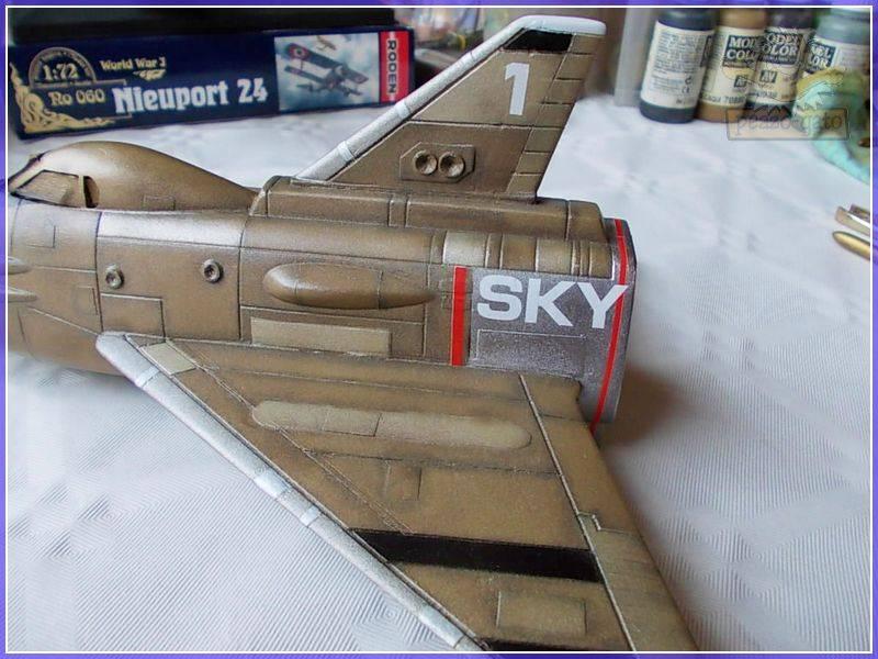 SKY-1 (ufo s.h.a.d.o.), terminado 15-11-12 88ordmSKY-1ufopeazo-gato