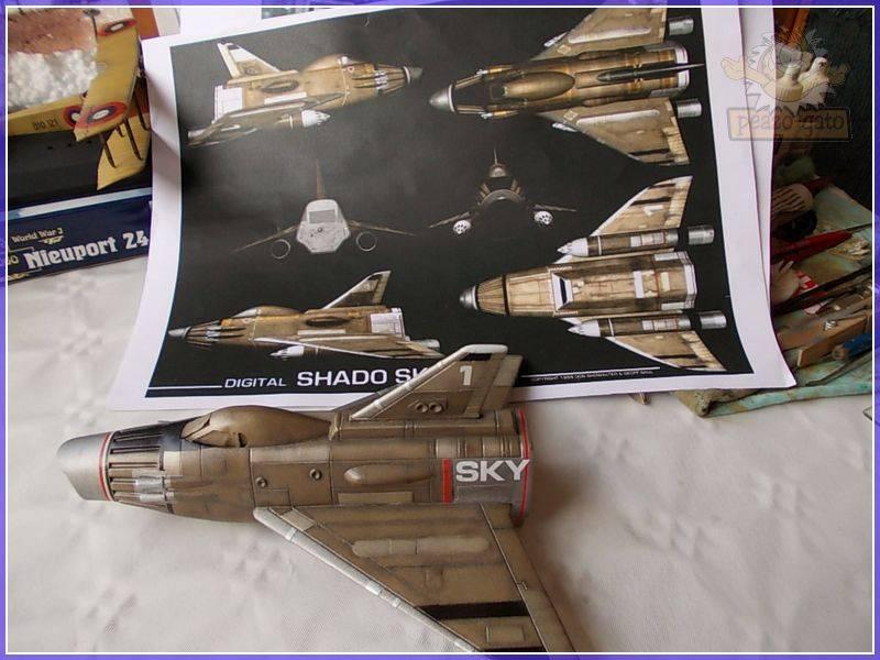 SKY-1 (ufo s.h.a.d.o.), terminado 15-11-12 90ordmSKY-1ufopeazo-gato
