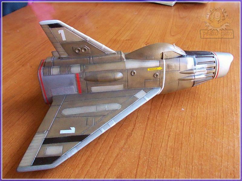SKY-1 (ufo s.h.a.d.o.), terminado 15-11-12 92ordmSKY-1ufopeazo-gato