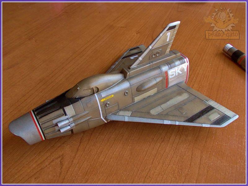 SKY-1 (ufo s.h.a.d.o.), terminado 15-11-12 95ordmSKY-1ufopeazo-gato