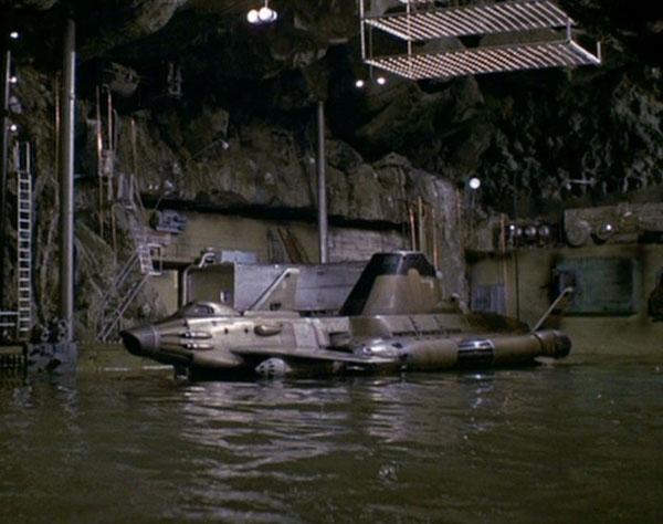 SKY-1 (ufo s.h.a.d.o.), terminado 15-11-12 Psychobombs_198a