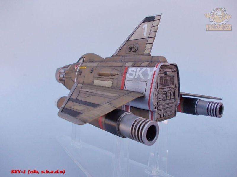 SKY-1 (ufo s.h.a.d.o.), terminado 15-11-12 105SKY-1ufopeazo-gato
