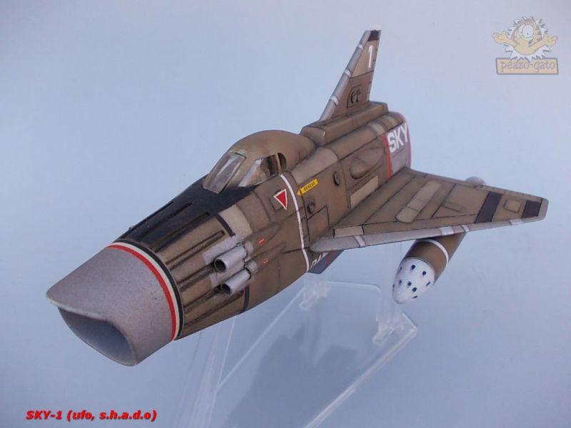 SKY-1 (ufo s.h.a.d.o.), terminado 15-11-12 99SKY-1ufopeazo-gato