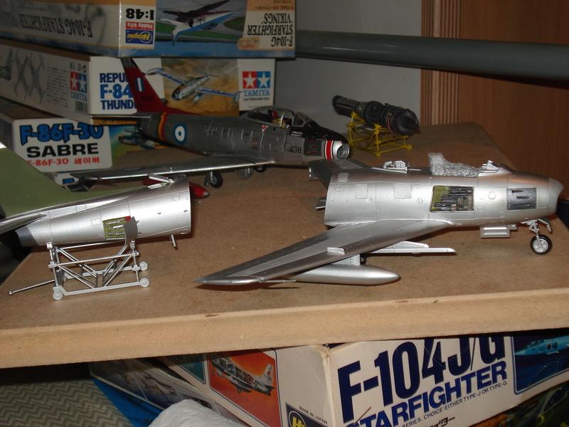 F-86 1/48 academy Aμερικανικο Κορέα 1953,  Ελληνικό Βασιλική Αεροπορία 1954 DSC00038_zpszk3hl1hj