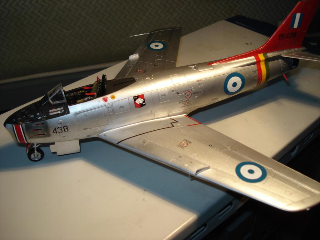 F-86 1/48 academy Aμερικανικο Κορέα 1953,  Ελληνικό Βασιλική Αεροπορία 1954 DSC05432_zps0de0bafd
