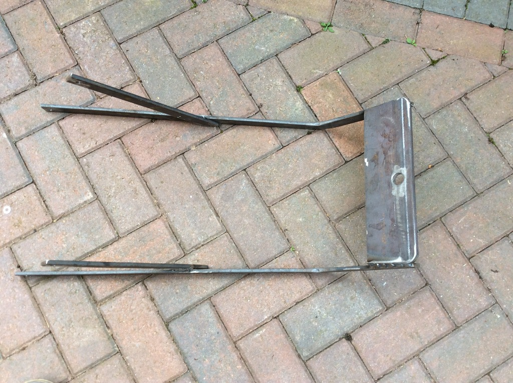 Tow Bar and Trailer. 791FBE56-593B-4A42-AB78-0B2F01600B09