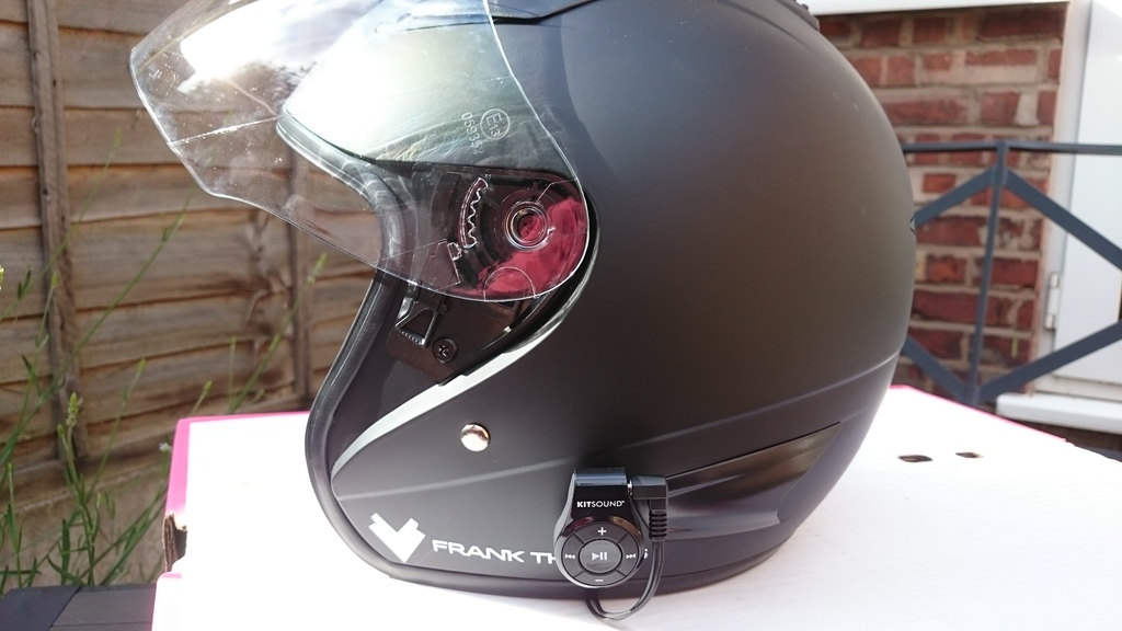 Budget Bluetooth helmet mod DSC_0014