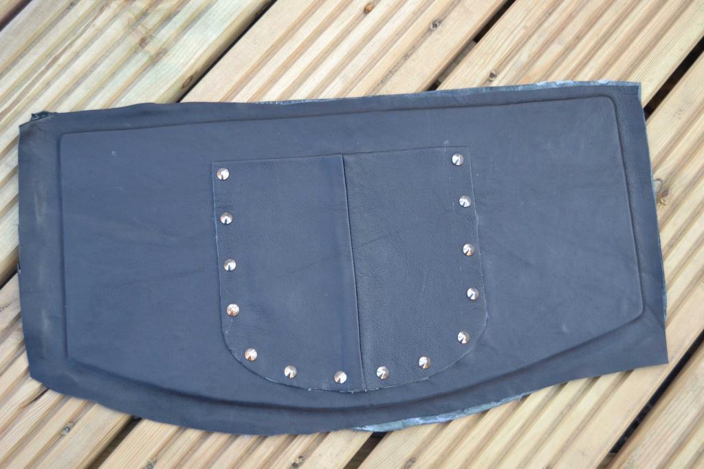 Leather Screen Pouch Fitted .......... 2005 Suzuki M800  Intruder  Deck