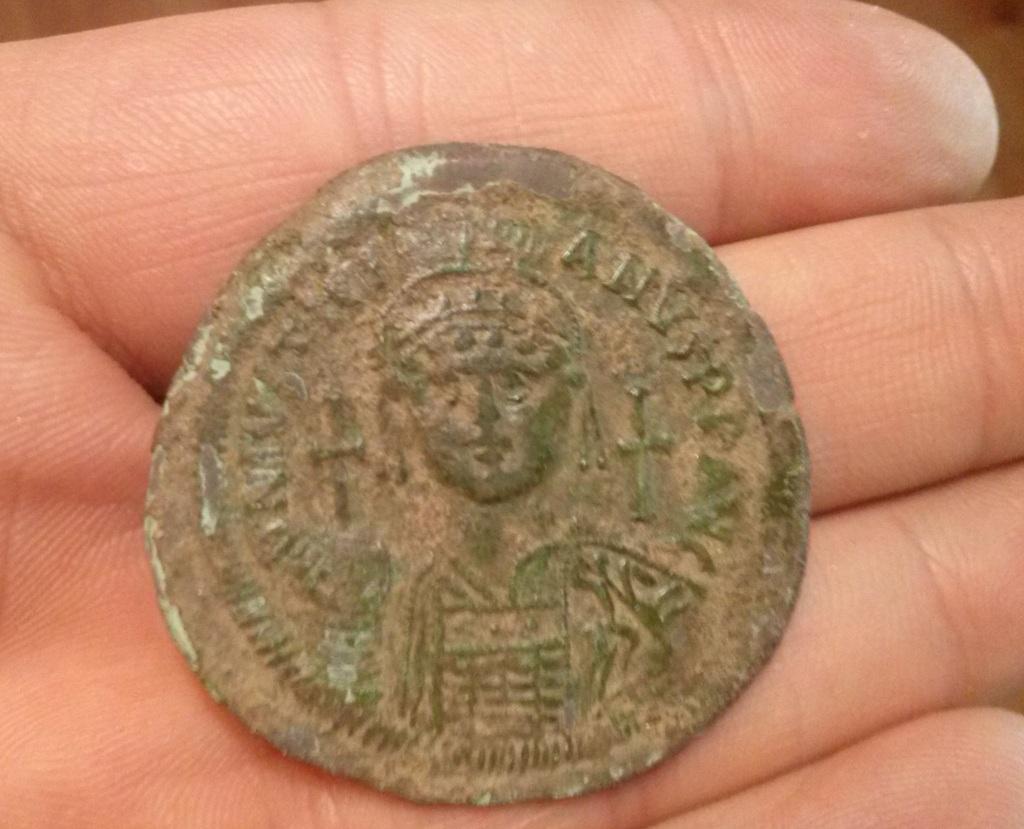 40 nummi de Justiniano I CAM00349_zpslgvxm1jq