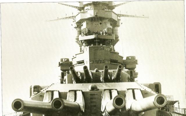 Dunkerque heller 1/400 977884Canons_de_330mm1