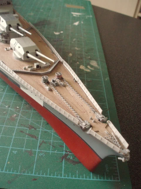 bismarck 1/350 revell - Page 4 P1010105_01