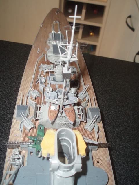 bismarck 1/350 revell - Page 2 P1010354
