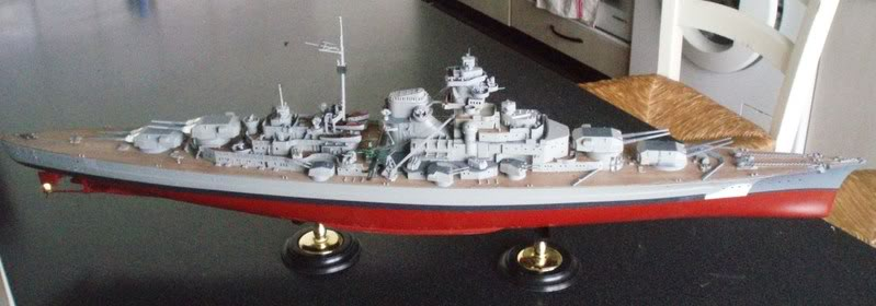 bismarck 1/350 revell - Page 3 P1010394_02