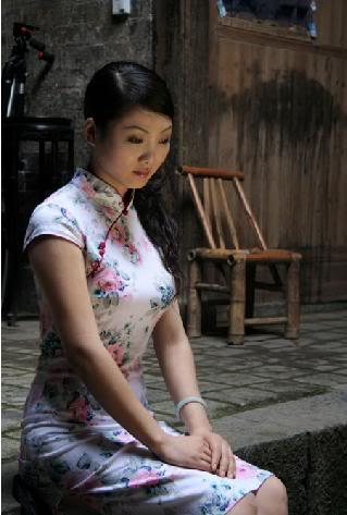 Xường xám   旗袍   チャイナドレス   Cheongsam 32a2626142f53af38cb10d7a