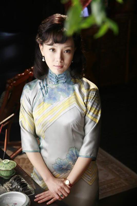 Xường xám   旗袍   チャイナドレス   Cheongsam 48ff85fcb155c2a5b801a020
