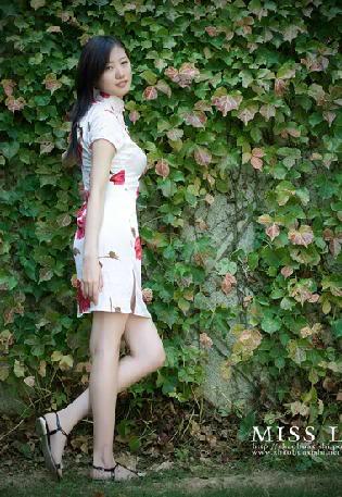 Xường xám   旗袍   チャイナドレス   Cheongsam 8260e9cb67946e6af31fe744