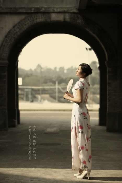 Xường xám   旗袍   チャイナドレス   Cheongsam A7fb054ad7c77f0408f7ef01