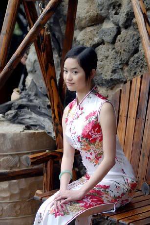 Xường xám   旗袍   チャイナドレス   Cheongsam Db688cfa529f090e4e4aea2e