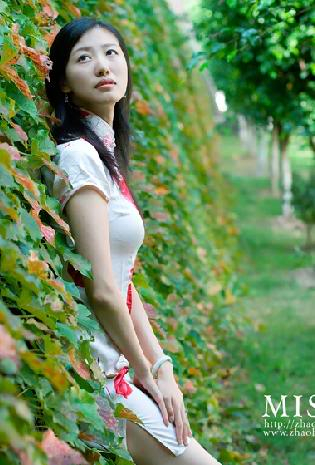 Xường xám   旗袍   チャイナドレス   Cheongsam Eeca1b2cf8754c18359bf744
